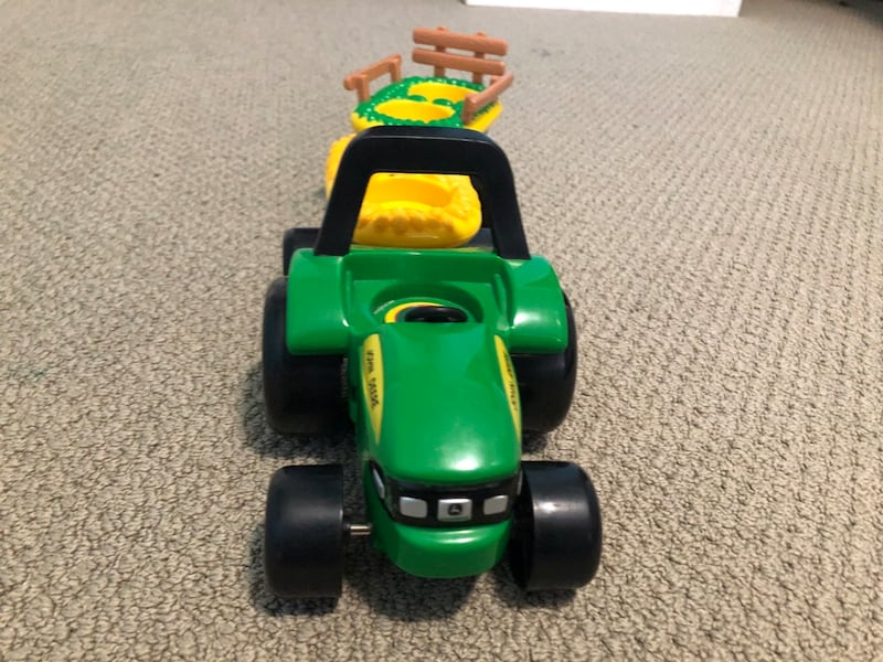 John Deere Toy Car 2