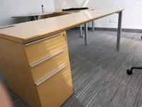 Wooden Single Pedestal Office Desk Mississauga, L4Z