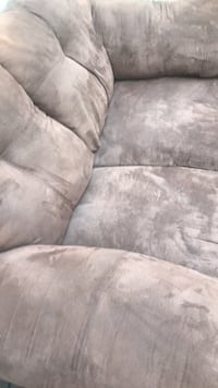 gray suede 3-seat sofa Knoxville, 37920