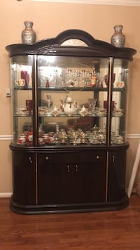 Brown wooden framed glass display cabinet Annandale, 22003
