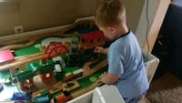 BRIO TRAIN & TABLE COMPLET SET Struthers, 44471