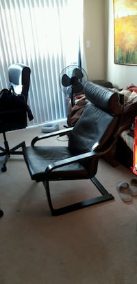 Leather chair Coquitlam, V3J 2R6