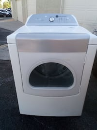 Whirlpool cabrio dryer w steam Albuquerque, 87114