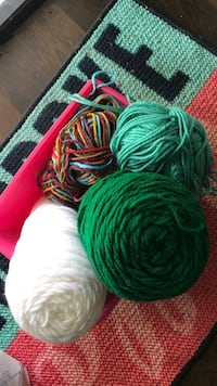 green and red knitted textile Atlanta, 30314