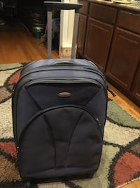 Samsonite four wheel spinner rolling luggage excellent condition Nashville, 37206