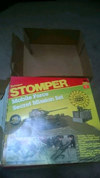1980's stompers military base set Glen Burnie, 21060