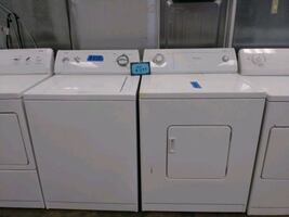 Whirlpool washer and dryer set excellent conditions
