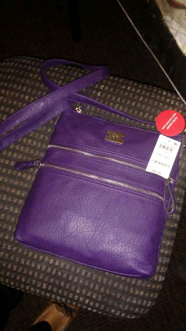 0754297c9a1e Used Bag for sale in Des Moines - letgo