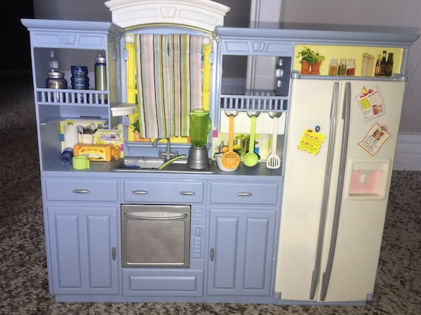 Used Barbie Doll Kitchen Set For Sale In Edmonton Letgo