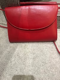 Red crossbody purse free with purchase Brampton, L6V 0W6