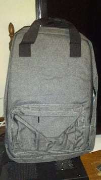 NEW! Back Pack! Toronto, M1E 2N1