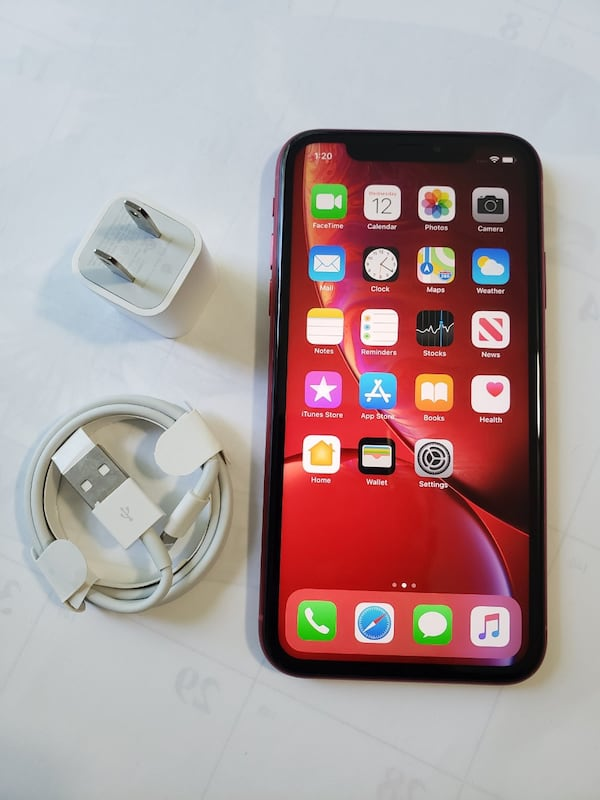 iPhone XR, Factory Unlocked,  Excellent Condition.  669ad1e0-ca80-4587-a9b7-e4bf167894bc
