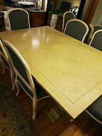 Custom buil wooden table with six chairs di