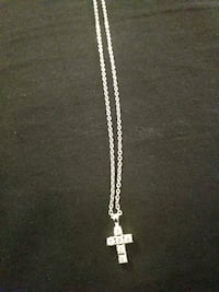 silver chain necklace with cross pendant Lorton, 22079