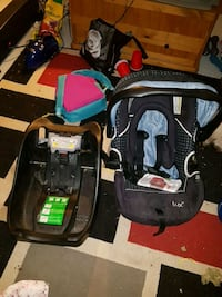 Lux carseat and base Calgary, T2A 5K9