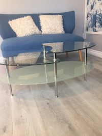 round clear glass top table Simi Valley, 93065