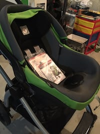 Peg-Pérego bookplus infant car seat and stroller