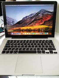2011 MacBook Pro 13 4GB/500 GB Special Keyboard Fairfax