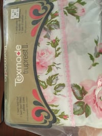 white and pink floral textile Laval, H7W 4J2
