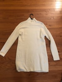 Cream turtleneck sweater dress - small Boston, 02135