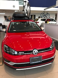 2018 Volkswagen Alltrack w/ Driver Assistance Package and Light Package Mississauga, L4W 4N3