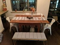 Dining Table and chairs. Silver Spring, 20910