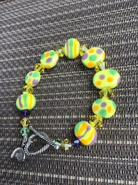 Fun! Yellow Bead Bracelet! Excellent Condition