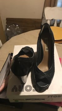 Pair of black leather peep-toe heels with box worn once Wallkill, 12589