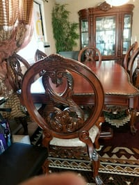 Table with 6 chairscfor sale Edmonton, T5E 0N2