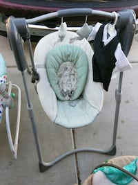 baby's white and green swing chair Hesperia, 92345