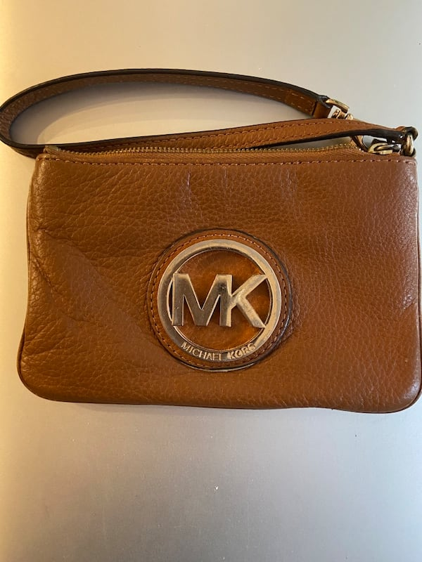 MK BROWN LEATHER Pouch 1