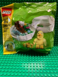 PENDING PICKUP  Lego Chicken Skater Pod Polybag, New/Sealed Campbell Hall, 10916