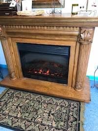 Beautiful oak electric fireplace  Ocala, 34475