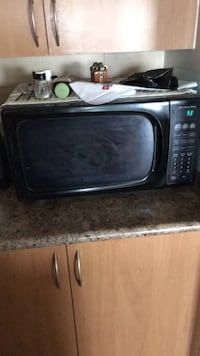 black and gray microwave oven London, N5Y 0B1