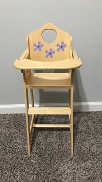 Wooden doll high chair Clarksville, 37040