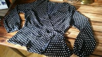 Cute top blue with dot Montreal, H2J 3G8