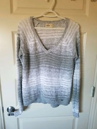 Hollister size M