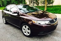 2010 Kia Forte EX: Sunroof : Clean title