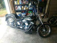black and chrome cruiser motorcycle Sneads Ferry, 28460