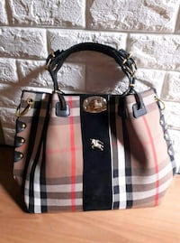 Tote bag in pelle a quadri marrone e bianca