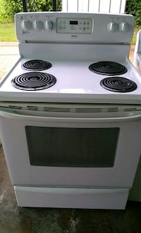 white and black electric coil range oven West Memphis, 72301