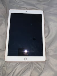 iPad 6th generation 2018 used but in good condition pick up only Danbury, 06810