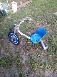 toddler's blue and white trike