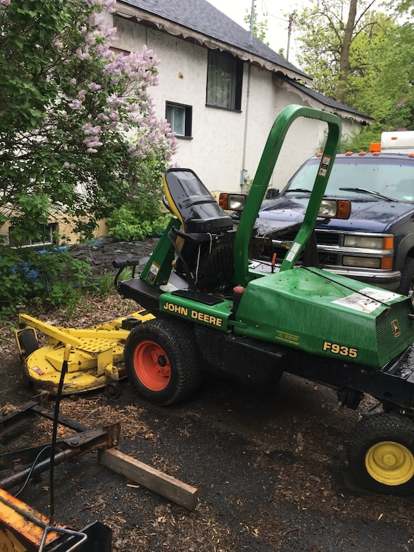 John Deere 935 72 inch cut quick cut ! Priced to sell! Retiring and must go 9c165281-f0ff-4103-9a3f-fc361ed0bd54