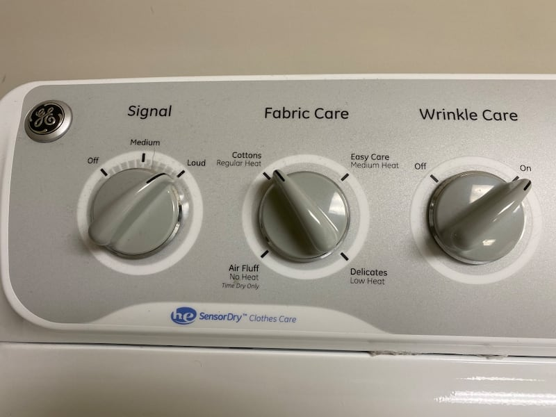 GE Washer and Dryer Set 9700dc8b-9796-49fc-8a68-0857111b107b