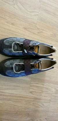 pair of black leather flats Stafford, 22556