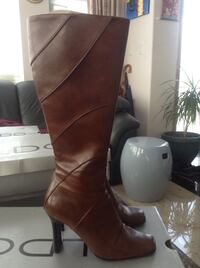 Pair of brown Transit leather heeled boots (Pretty New) Vancouver, V5M 4C3