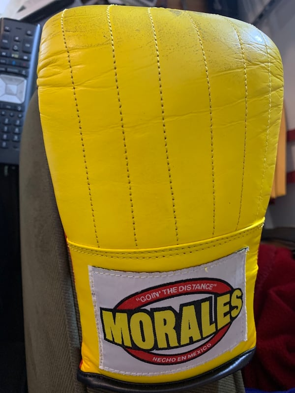 Like New Morales Boxing Bag Gloves and Boes Hand Wraps  Women's L e9425c0a-07fc-412a-8b45-9edf7cde5598