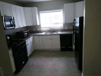 For sharing rent single female 32-42 Pittsburgh
