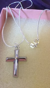 Silver cross necklace Las Vegas, 89106